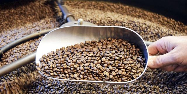 Kofeiiniton kahvi. Kahvikaveri