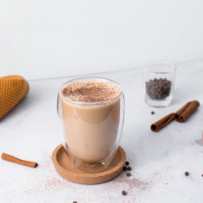 Kahvi jauhetulla pippurilla